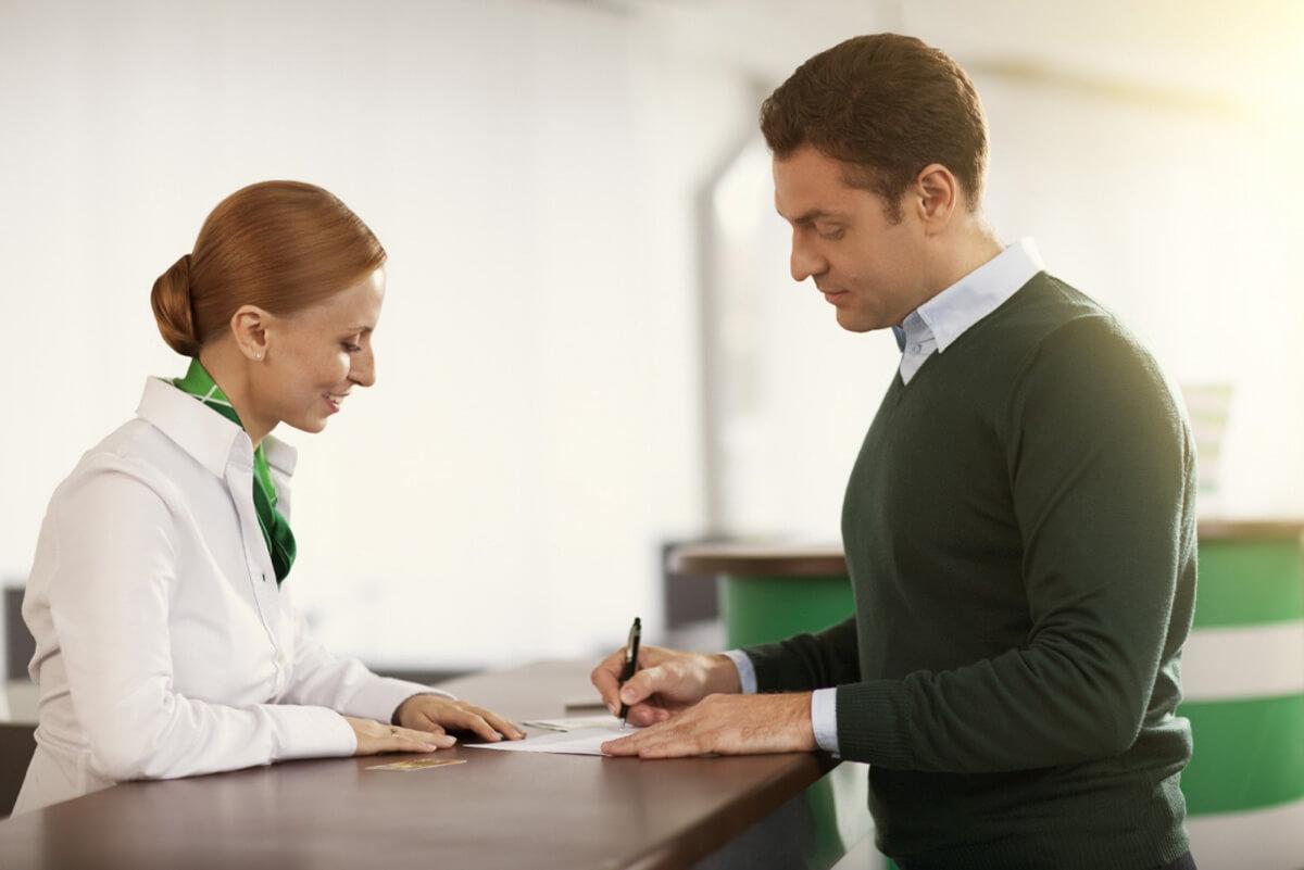 Клиент-недовольный-на-приеме-у-диетолога