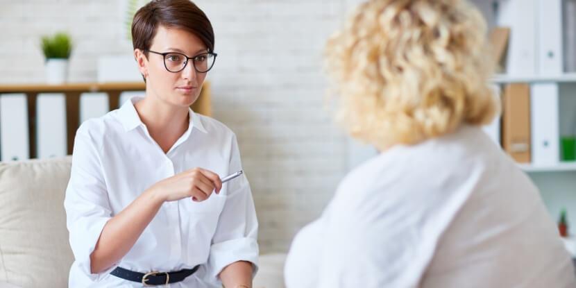 Диетолог-и-клиент-психология-похудения