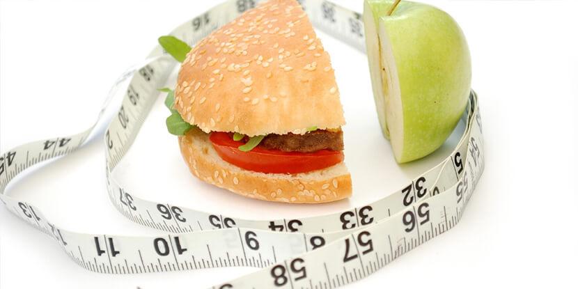 Яблоко-бургер-сантиметровая-лента-анализатор-калорийности-продуктов