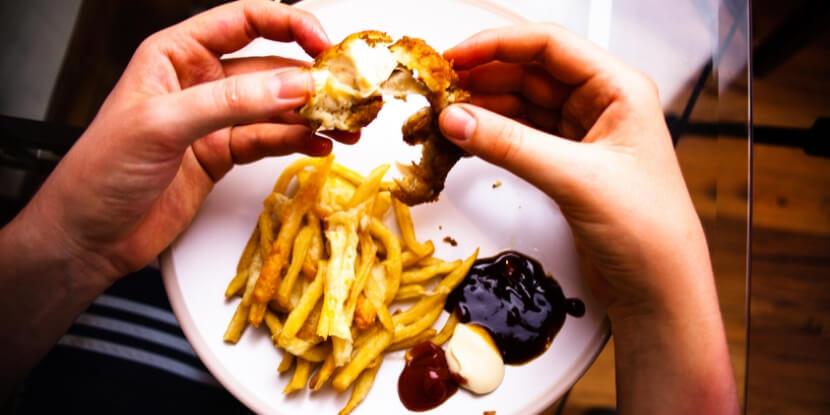 есть-картошку-фри-зачем-напрягаться-с-готовкой-лучше-быть-толстым