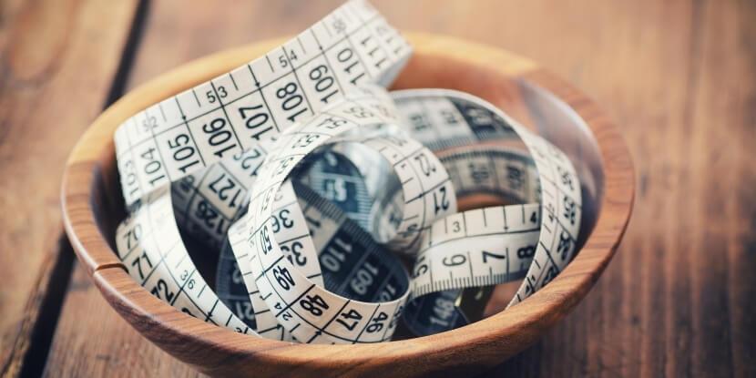 Сантиметр-в-тарелке-похудеть-как-навести-порядок-в-голове-и-тарелке-психология-в-похудении-от-Академии-Wellness-Consulting