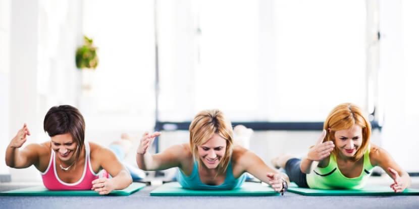 Тренировка-в-тренажерке-фитнес-после-35-лет-советы-по-безопасности-и-эффективности-от-школы-диетологов-Академии-Wellness-Consulting