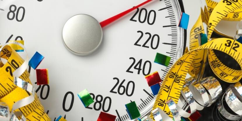 Весы-и-измерительная-лента-как-сохранить-фигуру-советы-школы-диетологов-Академии-Wellness-Consulting